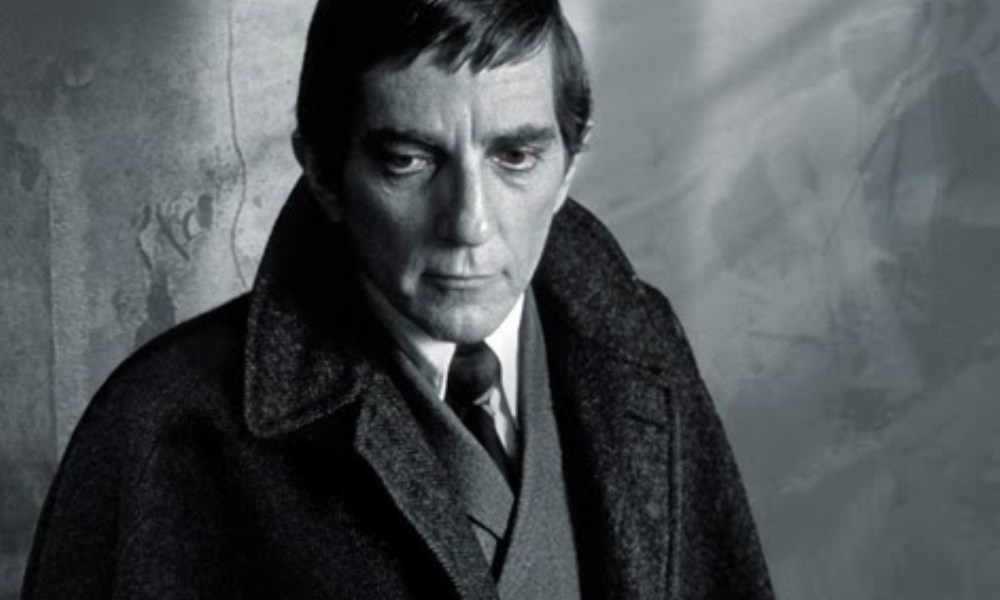 Dark Shadows: The Night Whispers review